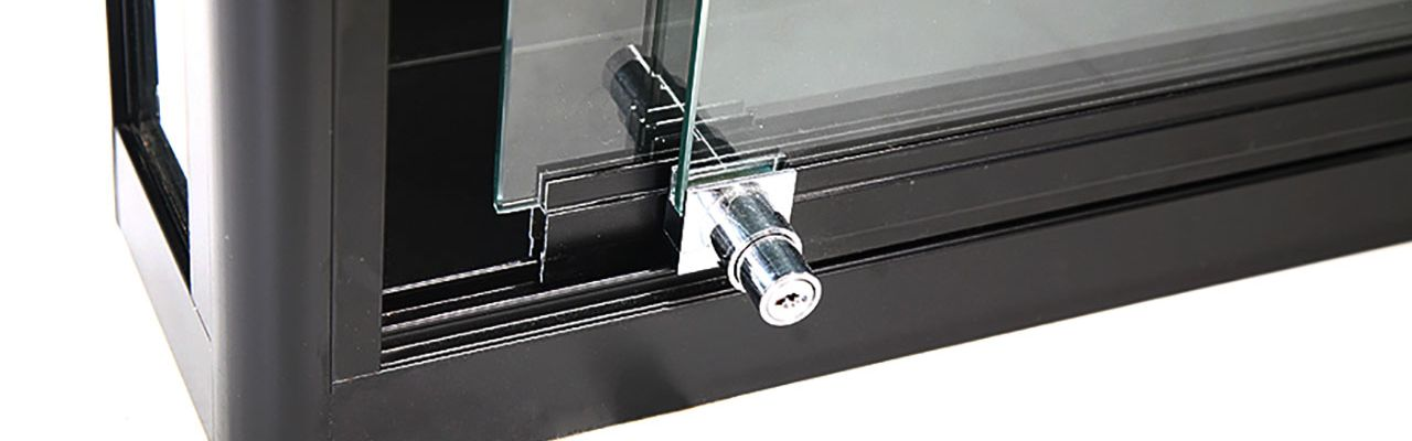 Glassdør med lås